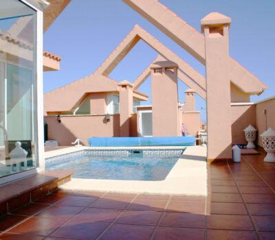Reforma ático en Marbella por Aragon Constructores