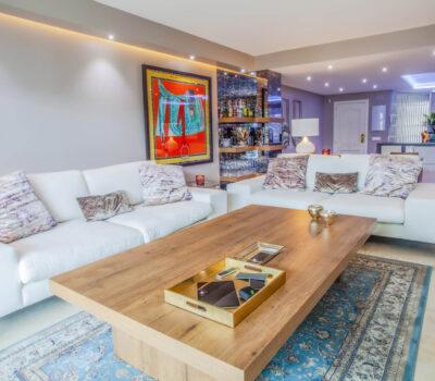 Rehabilitación integral de apartamento en la zona de Marbella.
