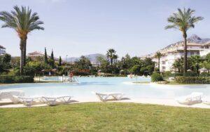 Construcción de más de 100 apartamentos de lujo en Marbella